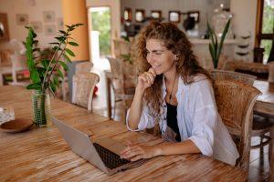 Lee más sobre el artículo HATCHERS, la nueva plataforma para freelancers especializada en Tecnologías para el desarrollo de software